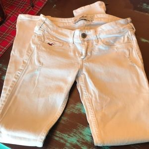 Great condition Hollister white jeans 00R 23W 29L